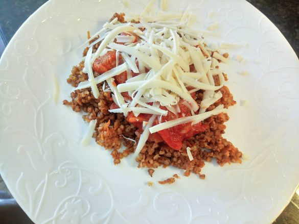 Buckwheat with Soy balls in tomato sauce