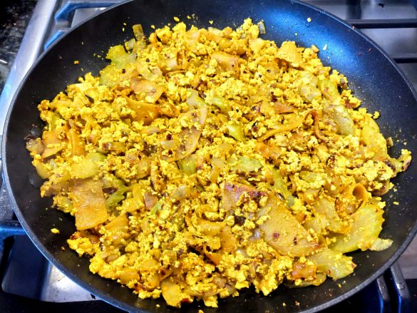 The Best Scrambled Tofu EVER!